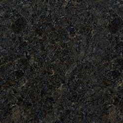 Čierny perleťový